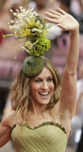 sarah-jessica-parker-garden-hat